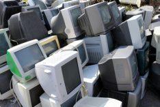 テレビを処分したい!無料回収業者は危険?
